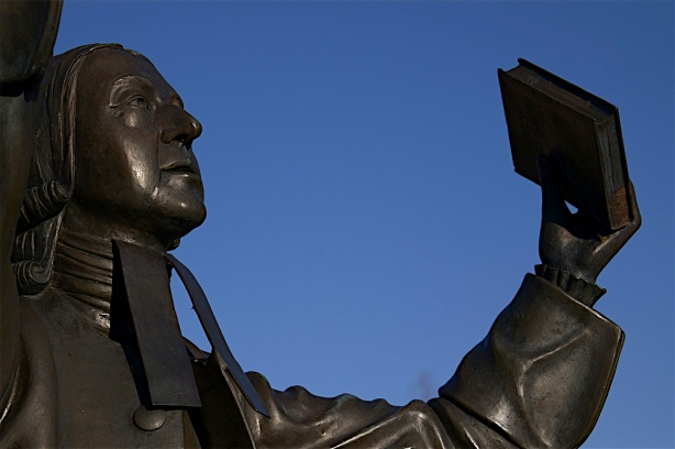 wesley-statue-at-asbury